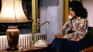 Derrick 03-01 – A kolibrik halála (1976)