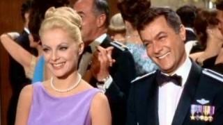 El a kezekkel a feleségemtől  amerikai vígjáték 1966