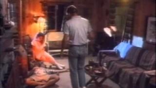 Diáklányok és a pokolfajzat (Sorority Girls and the Creature from Hell) (Teljes Film HUN)