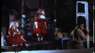 Dolly, a gyilkos szellem (Dolly Dearest) (Teljes Film HUN)