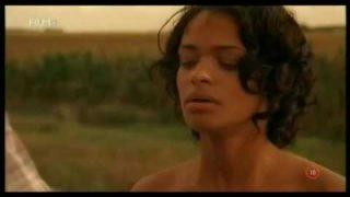A kukorica gyermekei (2009) Teljes Film Magyarul!
