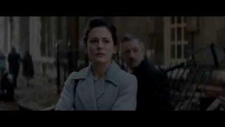 Fekete ruhás nő 2-színes, magyarul beszélő, angol thriller, 98 perc, 2015